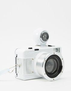 Image 1 ofLomography Fisheye 2 White Knight Camera