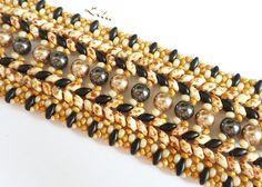 Bracelet Beadweaving avec Superduo Terpsichore par Lynxy sur Etsy