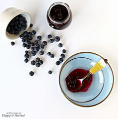 Homemade Blueberry Compote. So easy and extremely useful to have in your refrigerator. Spread on toasts, serve over pancakes or pour on ice cream. Yum! #happyandharried #blueberry #berry #berries #compote #fruit
