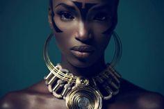 """"""" Toutes les femmes sont jolies, beaucoup sont belles, quelques-unes sont rares. """" Lalanne-Cassou."""