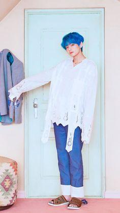 # 방탄 소년단 Versão do Concept Photo Foto Bts, Bts Photo, Bts Kim, Kim Namjoon, V Taehyung, Daegu, Bts Boys, Bts Bangtan Boy, Kpop