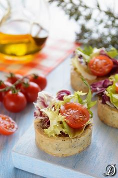 Mini Quiches of Semicured Buffalo Cheese Mini Quiches, Gourmet Appetizers, Elegant Appetizers, Appetizer Recipes, Brunch, Spanish Dishes, Snacks Für Party, Food Decoration, Easy Cooking