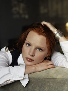 Always had a little room in my heart for her since Six Feet Under. Lauren Ambrose, Rachel Griffiths, Hbo Tv Series, Redheads Freckles, Six Feet Under, Ginger Girls, Gorgeous Redhead, Simply Red, Great Tv Shows