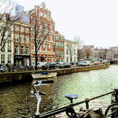 #Amsterdam #Holland #Netherlands #travelblog #travel #trip #lifestyle #travelling #traveling #canals #city #sightseeing #cityviews #Amsterdamcentre #bicycle #bike