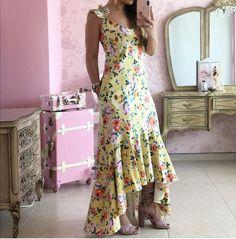 Fashion Dresses, Dressing, Glamour, Closet, Outfits, Dressy Dresses, Floral Dresses, Tropical Dress, Lazy Outfits