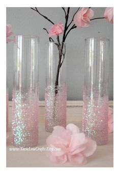Dazzle your guests with these beautiful glitter bud vases as your centerpieces. Ideal for wedding, bridal shower, baby shower and party centerpieces. Please select glittery color before checking out. Baby Shower Centerpieces, Baby Shower Decorations, Wedding Decorations, Party Centerpieces, Decor Wedding, Wedding Table, Quince Decorations, Quinceanera Centerpieces, Wedding Ideas