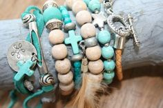 Ibiza bracelets handmade Bohemian lifestyle made by Marijke Pulseras ibicencas hechas a mano e I Love Jewelry, Boho Jewelry, Jewelry Crafts, Beaded Jewelry, Jewelry Bracelets, Jewelry Making, Bohemian Bracelets, Handmade Bracelets, Handmade Jewelry