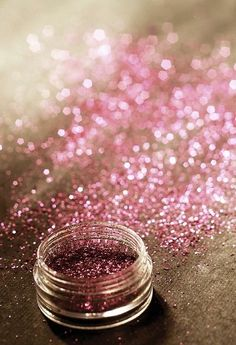 Pink (glitter) makes everything better. I still have a girly side Glitter Make Up, Glitter Girl, Sparkles Glitter, Glitter Uggs, Pink Love, Pretty In Pink, Rose Brillant, I Believe In Pink, Everything Pink