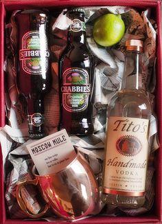 moscow mule gift kit   www.prettyplainja...