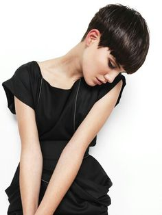 Looking for latest pixie hairstyles for black hair color? Here we have gathered images of Pixie Haircut for Black Hair that you will like! Pixie Hairstyles, Short Hairstyles For Women, Cool Hairstyles, Pixie Haircuts, Wedge Hairstyles, Summer Hairstyles, Hairstyle Ideas, Hair Inspo, Hair Inspiration