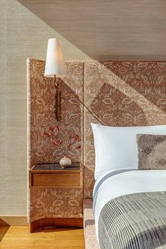 With design by Kelly Wearstler, the lakeside Austin Proper encompasses 32 stories merging a destination hotel with 99 exclusive residences. Kelly Wearstler, Casamance, Top Interior Designers, Home Interior, Interior Ideas, Cheap Home Decor, Home Decor Accessories, A Boutique, Decoration