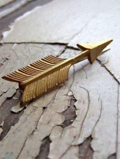 arrow bobby pin