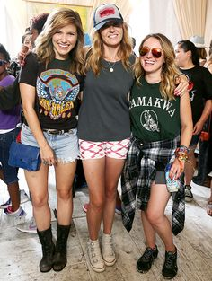 Nashville star Connie Britton usually covers up her stems, but at Lollapalooza Britton opted for short shorts! Check out this adorable pic of her rocking cutoffs with Sophia Bush!