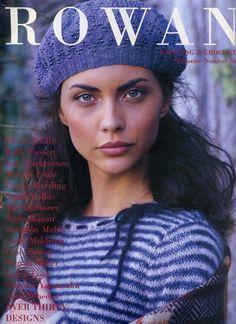 Rowan Knitting & Crochet Magazine Number 36 - Autumn/ Winter: knitting and crochet patterns Rowan Knitting, Knitting Books, Free Knitting, Crochet Book Cover, Crochet Books, Knit Crochet, Easy Scarf Knitting Patterns, Jumper Patterns, Knitting Ideas