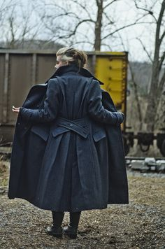 Sherlock Coat CLOTHING - DIY, tutorials, needlework, paper crafts, knitting, crochet, jewelry, swaps, sewing and so much more on Craftster.org