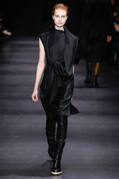 Ann Demeulemeester Fall 2014 Ready-to-Wear Collection Slideshow on Style.com