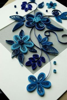 Quilling Patterns, Quilling Designs, Diy Paper, Paper Art, Paper Crafts, Quilling Flowers, Paper Quilling, Quilling Tutorial, Paper Magic