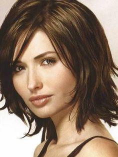 Chic medium hairstyles for thick #hair #mediumlengthhaircuts