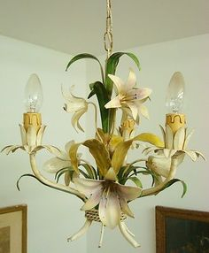 A LUSCIOUS LILIES VTG FRENCH TOLE TOLEWARE CHANDELIER LIGHT LAMP BROCANTE CHIC
