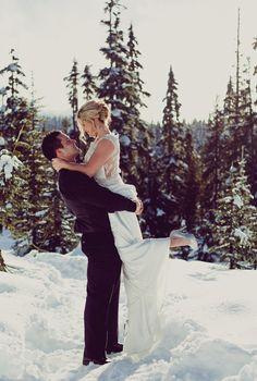 Mount Washington Winter Wedding from Island Moments Photography