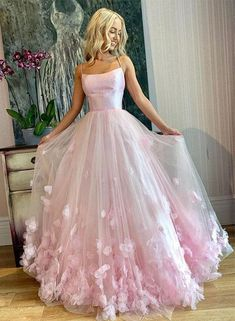 Pink tulle long prom dress, pink evening dress – trendty Source by huelsman. - Pink tulle long prom dress, pink evening dress – trendty Source by huelsmannsophie Pretty Prom Dresses, Straps Prom Dresses, Pink Prom Dresses, Flower Dresses, Ball Dresses, Sexy Dresses, Elegant Dresses, Princess Prom Dresses, Different Prom Dresses