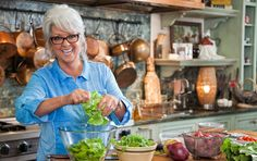 Paula's favorite one-bowl meal? Dinner salads! She dishes on quick tips to liven up your traditional salads and shares some of her favorite recipes on PaulaDeen.com #pauladeen