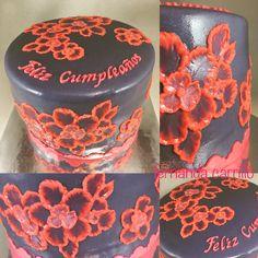 Pastel de flores de fondant y glasé real