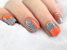 Different nail designs are the inevitable part of life of every modern woman. Sometimes to be different, you do not need to go to the salon! Intrigued?