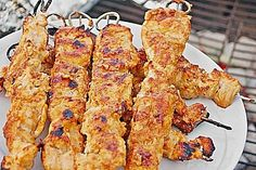 Honig-Fleisch-Fackeln Honey Meat Torches (Recipe with Image) by tarlio Barbecue Recipes, Grilling Recipes, Pork Recipes, Chicken Recipes, Grill Party, Bbq Grill, Bbq Party, Pork Recipe Honey, Law Carb