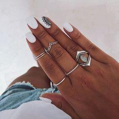 How to choose your fake nails? - My Nails White Nail Designs, Nail Art Designs, Hair And Nails, My Nails, Gel Nails At Home, Dream Nails, Cute Acrylic Nails, Nail Inspo, White Nails
