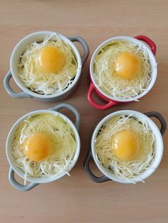 Salad recipes 640566746975437330 - Oeufs cocottes jambon et champignons Batch Cooking, Easy Cooking, Cooking Eggs, Egg Recipes, Gourmet Recipes, Salad Recipes, Cocotte Recipe, Easy Dinner Recipes, Easy Meals