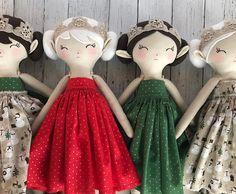 Winter Woodland Elves in their Christmas dresses. A gift from Katydid Forest to each Winter Elf. 🎁💫 RESTOCK Today at 4:00 pm CST . . #marmmieandmesews #katydidforest #woodlandelves #woodland #elves #fairies #pixies #dolls #handmadedoll #heirloomdoll #handmade #heirloom #softdoll #whimsical #imagination #pretend #childhood #girls #kidsdecor #sewing #winter #winterwonderland #snow #christmas