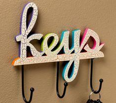 Crackled key holder made using crackle medium, and FolkArt acrylic craft paint #paint #crafts #keys #plaidcrafts