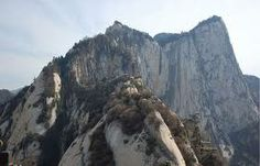 HUASHAN - Montanha é uma das cinco sagradas para o taoismo