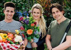 WOERDEN - Vanaf zondag 9 april start RTL 4 met een nieuw groen lifestyle tuin-tv-programma, dat mede door Intratuin mogelijk is gemaakt. Tien weken lang zal presentator Lodewijk Hoekstra de kijkersmet zijn liefde voor groen, tuinieren, planten en bloemen inspireren zelf ook aan de slag te gaan. Want van de natuur word