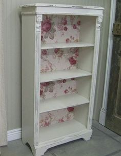 Bookshelf for baby girl