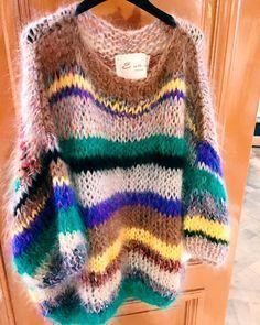 20 Ideas For Clothes Style Cute Sweaters Knitting Designs, Knitting Patterns, Knit Fashion, Fashion Outfits, Pull Mohair, Mohair Sweater, Chunky Yarn, Cute Sweaters, Pulls
