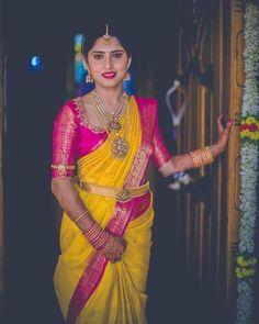 18 Yellow Saree Inspirations From Super Classy Brides Bridal Sarees South Indian, Bridal Silk Saree, Indian Bridal Wear, Bride Indian, Kerala Bride, Hindu Bride, Saree Wedding, Silk Sarees, Indian Wedding Sarees