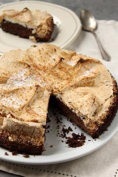 Torta de Chocolate Merengada de Filosofia de Sabor. Si tiene chocolate y merengue... TIENE que estar acá, y TENGO que hacerla.