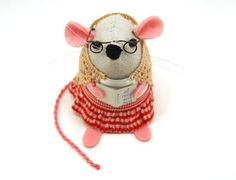 Reading Mouse Ornament Mothers Day felt rat by TheHouseOfMouse