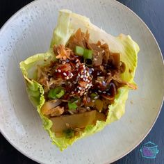 Lazy Slow Cooker Chicken Lettuce Wraps Slow Cooker Casserole, Slow Cooker Soup, Slow Cooker Recipes, Great Chicken Recipes, Stew Chicken Recipe, Slow Cooker Chicken Pasta, Slow Cooker Times, Chicken Lettuce Wraps, Healthy Dishes