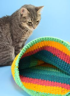 Have a kitty that loves to hide away? Using the yarn you have on hand you can create a lovely crochet cat sack hideaway they'll just love! Crochet Baby Pants, Crochet Baby Booties, Crochet Cat Toys, Crochet Animals, Chunky Crochet, Chunky Yarn, Irish Crochet, Pet Stroller, Cat Harness