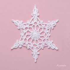Ravelry: Snowflake garland nr 4 pattern by Anabelia Handmade Crochet Snowflake Pattern, Crochet Garland, Crochet Ornaments, Christmas Crochet Patterns, Crochet Snowflakes, Crochet Art, Crochet Gifts, Crochet Motif, Crochet Flowers
