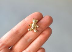 Vintage mini teddy bear miniature brooch pin quirky fashion costume jewelry women animal 70s gift statement dead stock