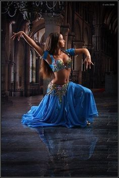 Oriental Bellydance blue costume – Dancer – Danza – Belly Dancer – Oriental Dance dance - All About Belly Dancer Costumes, Belly Dancers, Dance Costumes, Bollywood, Dance Outfits, Dance Dresses, Baile Jazz, Dance Oriental, Japonese Girl
