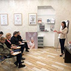 Bio Sculpture Russia в Instagram: «⚜Наша компания всегда рада новым лицам и именно поэтому мы часто проводим ознакомительные семинары для мастеров ногтевого сервиса, где…»