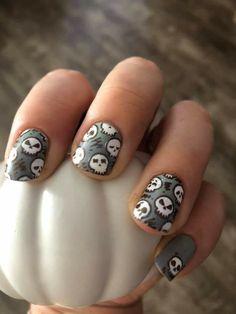 Nail Stamping, Nail Ideas, Skeleton, Nail Polish, Nail Art, Halloween, Nails, Silver, Finger Nails