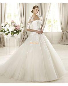 Robe de mariée princesse tulle appliques dentelle sans bretelles