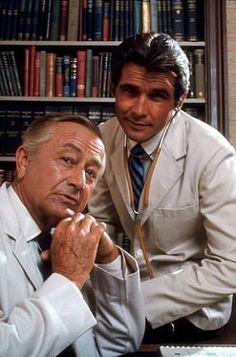 Marcus Welby, MD Robert Young and James Brolin - Weekly show that was written well. Childhood Tv Shows, My Childhood Memories, Best Memories, Antony Starr, Gabriel Iglesias, Karl Urban, Julia Piaton, James Brolin, Movies