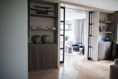 Woonkamer met moderne ensuite - Wood Creations